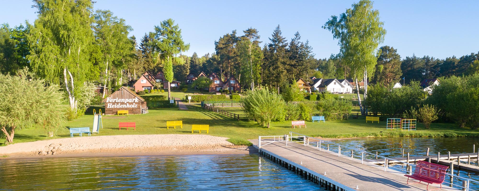 Ferienpark Heidenholz Seebrücke, Strand und Ferienhäuser